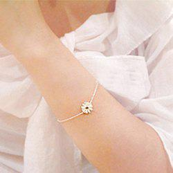 Fresh and Simple Daisy Pattern Pendant Bracelet For Women -