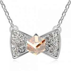 Sweet Rhinestoned Bowknot Pendant Decorated Women's Necklace