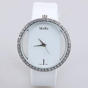 Diamonds Design Hollow Quartz Watch with Analog Indicate Leather Watchband for Women -
