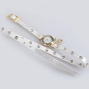 Quartz Watch with Diamonds Moon and Star Design Round Dial and Leather Watch Band for Women -