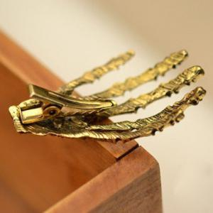 Vintage Skeleton Hand Embellished Hairpin For Women -