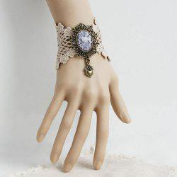 Retro Lace Flower Pattern Heart Pendant Bracelet