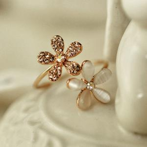 Fashion Diamante Flower Ring For Women - AS THE PICTURE ONE-SIZE