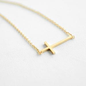 Fashion Simple Design Cross Pendant Necklace For Women -
