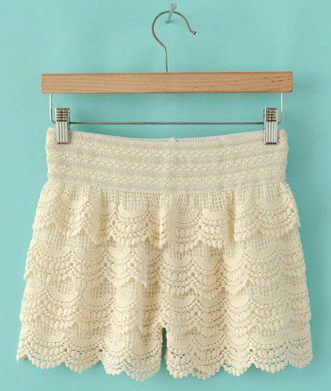 Latest Trendy Style Elastic Waist Lace Splicing Women's Shorts