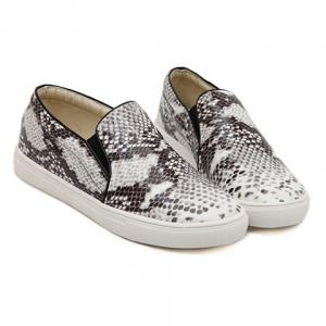 Trendy Snake Print and Round Toe Design Women's Flat Shoes -