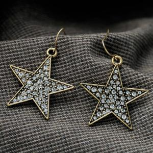 Pair of Chic Rhinestone Embellished Star Shape Pendant Women's Earrings -