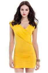 V-Neck Ruffled Sleeveless Bodycon Club Dress - YELLOW
