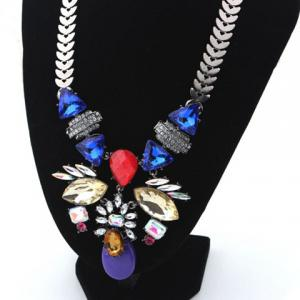 Statement Floral Beads Necklace -