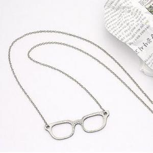 Fashionable Vintage Style Glasses Shape Necklace - COLOR ASSORTED