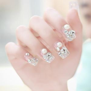24 PCS Luxury Glitter Faux Pearl and Rhinestone Embellished Art False Nails
