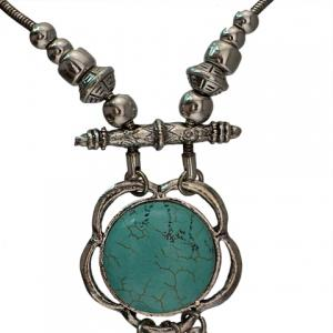 Fashionable Turquoise Decorated Coin Shape Floral Necklace For Women -