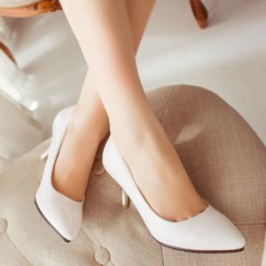 Concise Pointed Toe and Stiletto Design Women's Patent Leather Pumps -