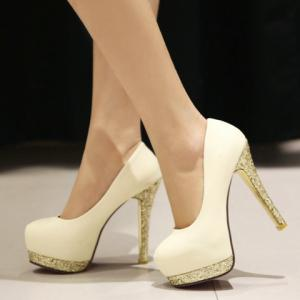 Stylish Style Round Toe and Sequined Design Women's Pumps -