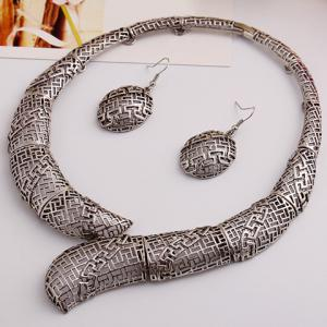 Vintage Hollow Out Women's Necklace and A Pair of Earrings - SILVER