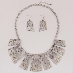 Retro Hollow Out Geometric Women's Necklace and A Pair of Earrings - SILVER
