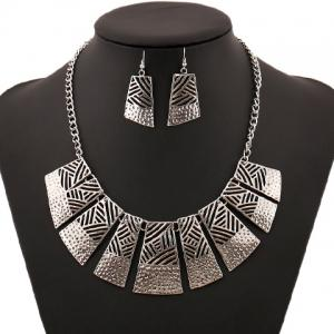 Retro Hollow Out Geometric Women's Necklace and A Pair of Earrings