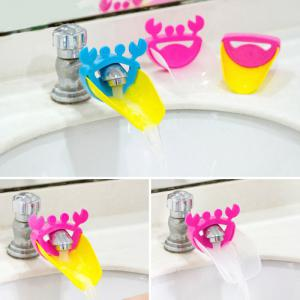Kid Toddler Baby Lovely Crab Pattern Faucet Extender Washing Hands Bathroom Sink