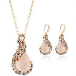 A Suit of Chic Rhinestone Decorated Peacock Shape Necklace and Earrings For Women - GOLDEN