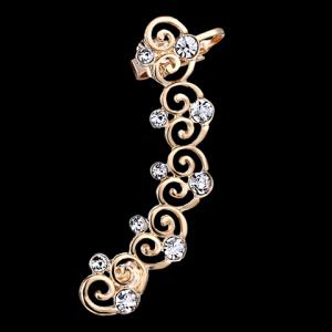 ONE PIECE Hollow Out Rhinestone Heart Ear Cuff -