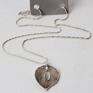 Retro Leaf Faux Opal Pendant Necklace
