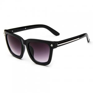 Chic Stud and Alloy Embellished Sunglasses For Women -