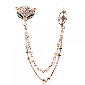 Fox Rhinestone Faux Pearl Sweater Guard Brooch - White