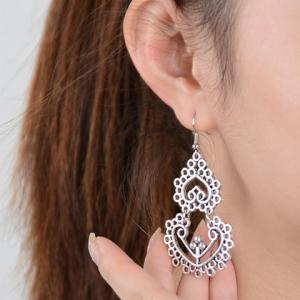 Pair of Vintage Hollow Out Heart Earrings For Women -