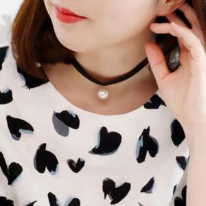 Trendy Faux Pearl Choker Necklace For Women -