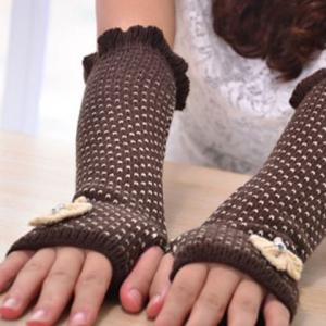 Pair of Chic Bow Embellished Heart Jacquard Knitted Fingerless Gloves For Women -