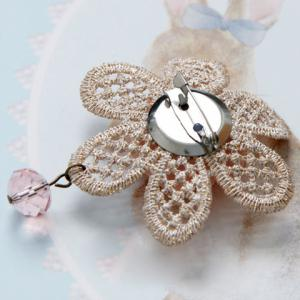 Sweet Floral Hollow Out Brooch For Women -