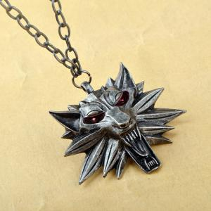 Wolf Head Shape Pendant Necklace -