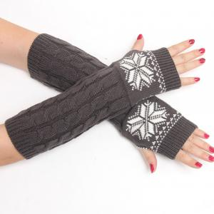Pair of Chic Snowflake Pattern Hemp Flowers Knitted Fingerless Gloves For Women -