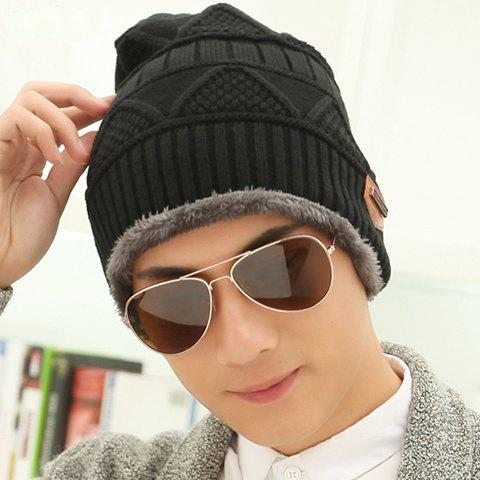 Hot Stylish Label Embellished Triangle Jacquard Knitted Beanie For Men