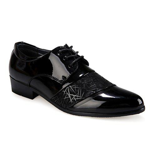 Shop Stylish Geometric Pattern and Black Design Men's Formal Shoes - 40 BLACK Mobile
