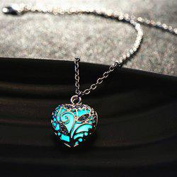 Sweet Luminous Heart Necklace For Women - RANDOM COLOR