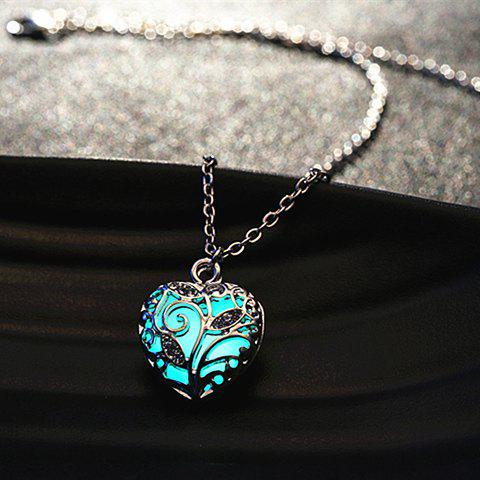 Sweet Luminous Heart Necklace For WomenJEWELRY<br><br>Color: RANDOM COLOR; Item Type: Pendant Necklace; Gender: For Women; Style: Classic; Shape/Pattern: Heart; Length: 50CM; Weight: 0.10KG; Package Contents: 1 x Necklace;