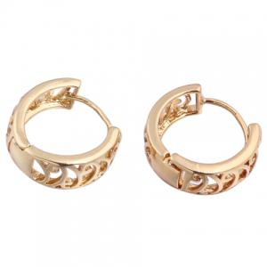 Pair of Vintage Hollow Out Round Earrings -