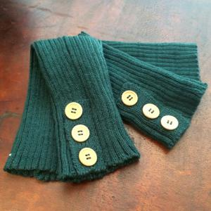Pair of Chic Big Buttons and Stripy Embellished Knitted Leg Warmers For Women - RANDOM COLOR