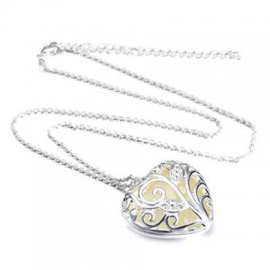 Rhinestone Hollow Out Peach Heart Luminous Necklace -