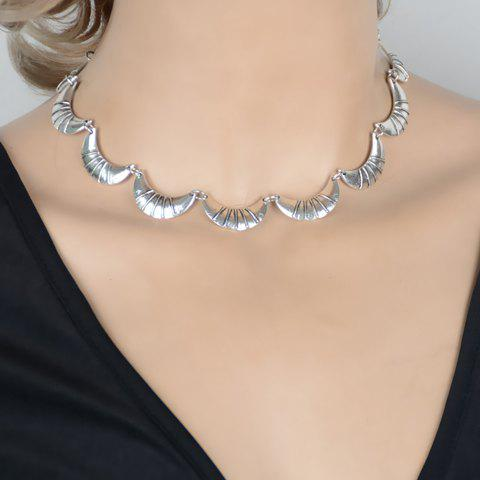 Vintage Hollow Out Moon Shape Necklace - SILVER