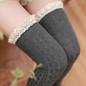 Pair of Chic Lace Edge Hemp Flowers Stockings For Women -