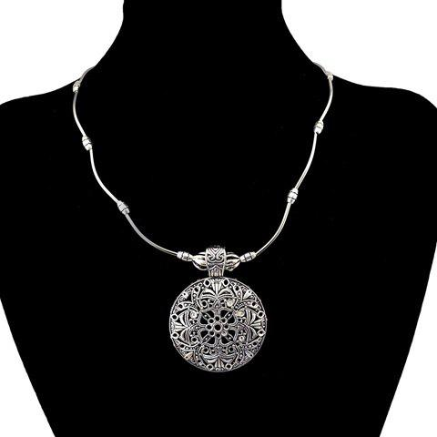 Hot Filagree Round Pendant Necklace