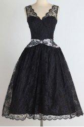 Vintage Plunging Neck Sleeveless See-Through Women's Lace Dress -