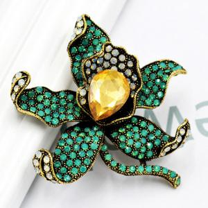 Charming Faux Crystal Rhinestoned Flower Shape Brooch For Women -