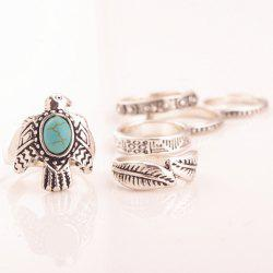 A Suit of Retro Faux Turquoise Dove Leaf Carving Rings