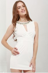 Sexy Plunging Neck Solid Color Bead Embellished Women's Party Dress - WHITE