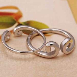 Paire de Graceful Solide Couleur Interdite Love Ring For Lovers -