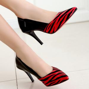 Sweet Patent Leather and Pointed Toe Design Pumps For Women -