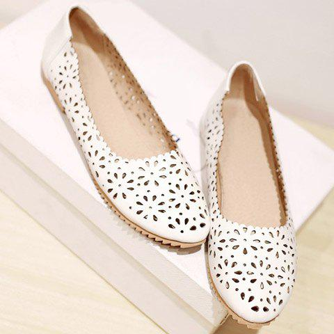 Trendy Casual Round Toe and Hollow Out Design Flat Shoes For Women - 38 WHITE Mobile